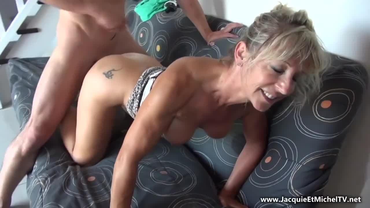 Peli Porno Gratis Completa Castigada Entre Varios abuela castigada por andar de coqueta con un viejo conocido