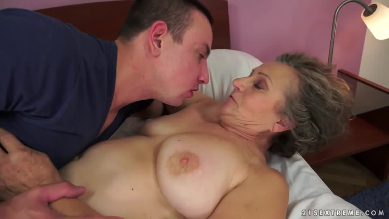 Abuela Nalgona Porno cuatro viejas putas tetonas y nalgonas graban escenas xxx y
