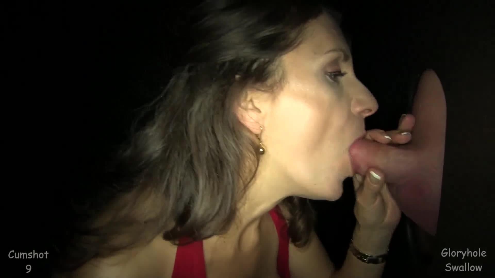 Agujeros Con Sorpresa Porno la primera vez de esta mujer madura al agujero sorpresa